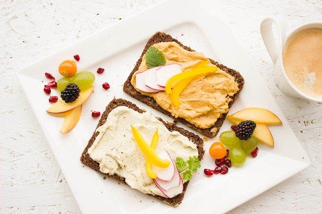 vyvážená snídaně